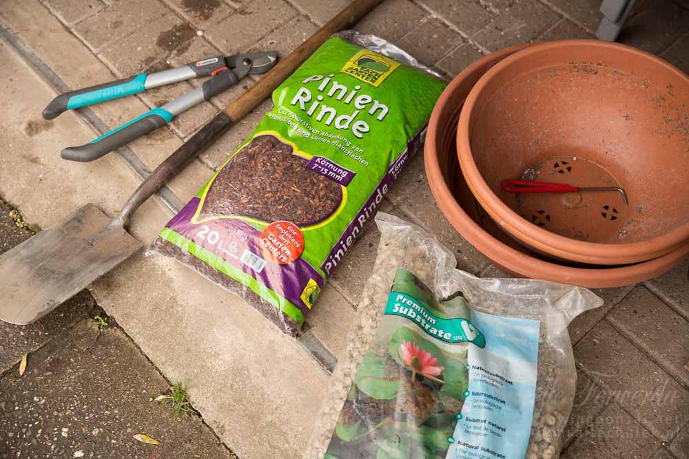 Materiaal klaarzetten voor uitgraven bonsai materiaal